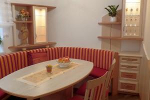 Esszimmer in Birne-Birke - Sitzgruppe