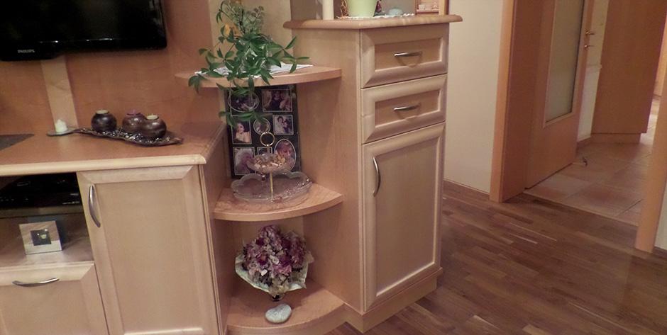 begehbare dusche mit glasbausteinen raum und m beldesign inspiration. Black Bedroom Furniture Sets. Home Design Ideas