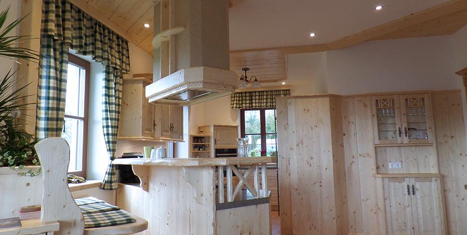 Rustikale Küche rustikale küchengarnitur aus fichtenholz wohntraum branka