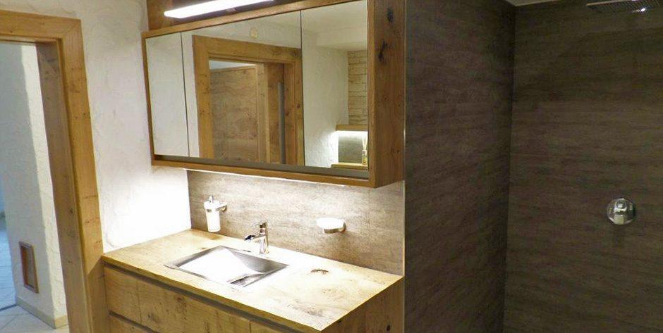 Badezimmer in Asteiche gebürstet und geölt