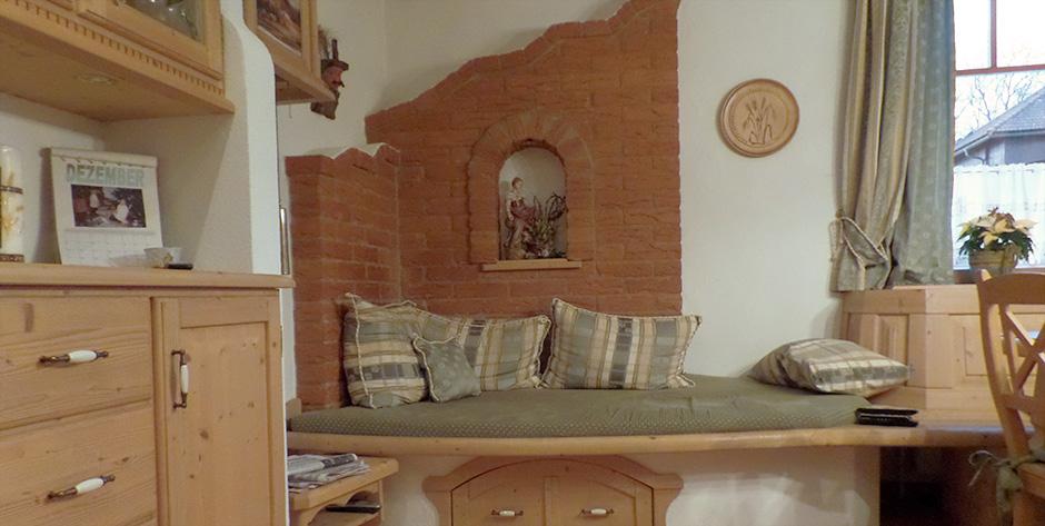 Rustikales Esszimmer mit Wohnbereich - Wohnbereich Detail