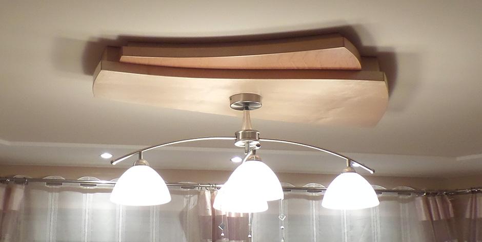 Esszimmer aus Birne und Bergahorn - Deckenleuchte