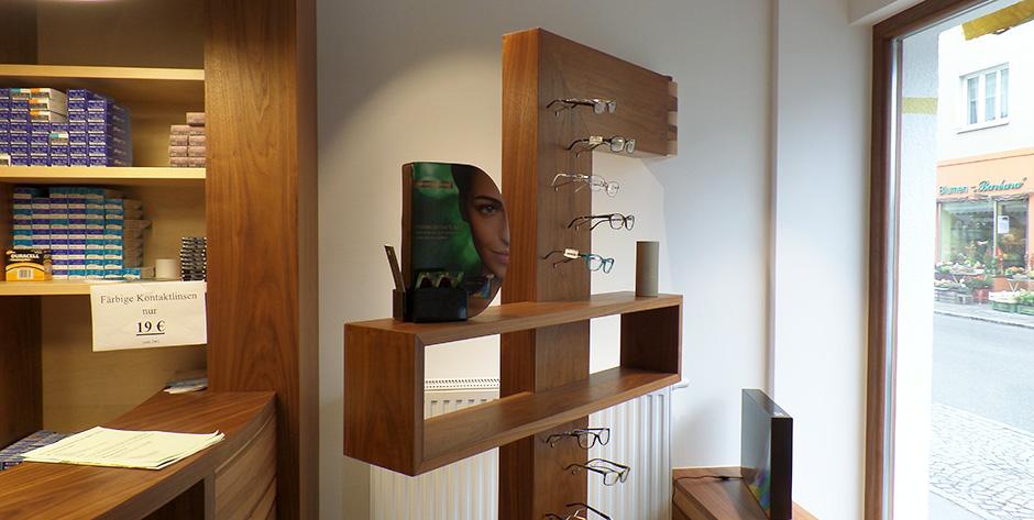 Geschäftseinrichtung Satine-Nuss - Schwenkbare Brillenständer