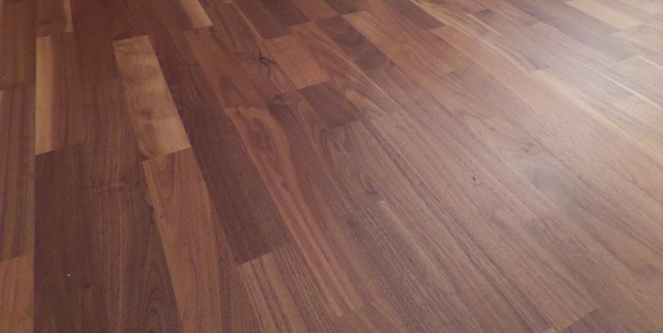 Esszimmer aus Birne und Bergahorn - Fußboden