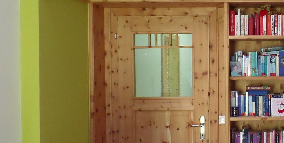 Schlafzimmer in Zirbenholz - Innentüre