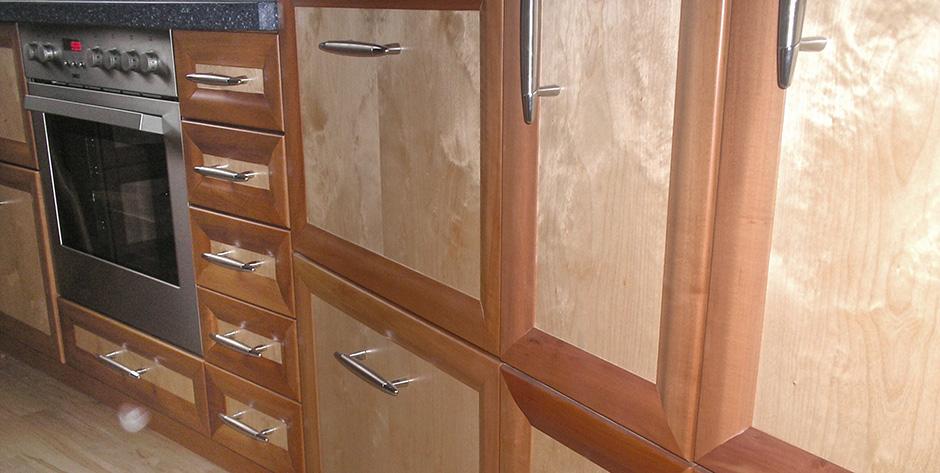 Küche aus Birnen und Birkenholz - Detail