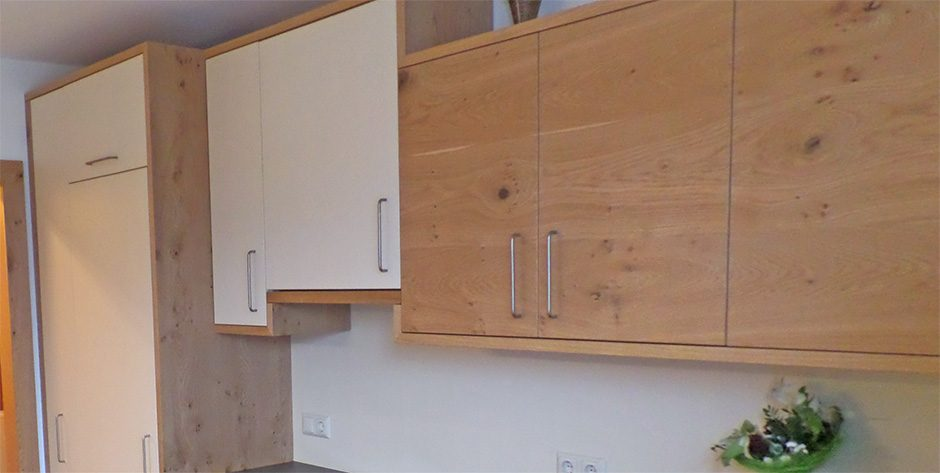 Küchenzeile-Oberschränke
