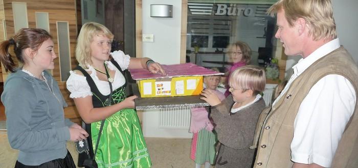 Wohntraum Robert Branka - Einweihungsfest Geschenk der Kinder