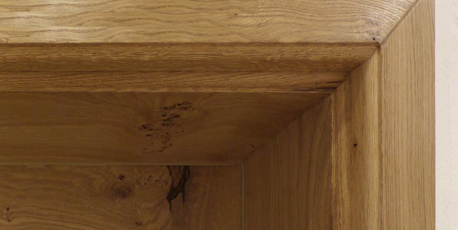 Tür aus Asteiche - Türrahmen-Detail