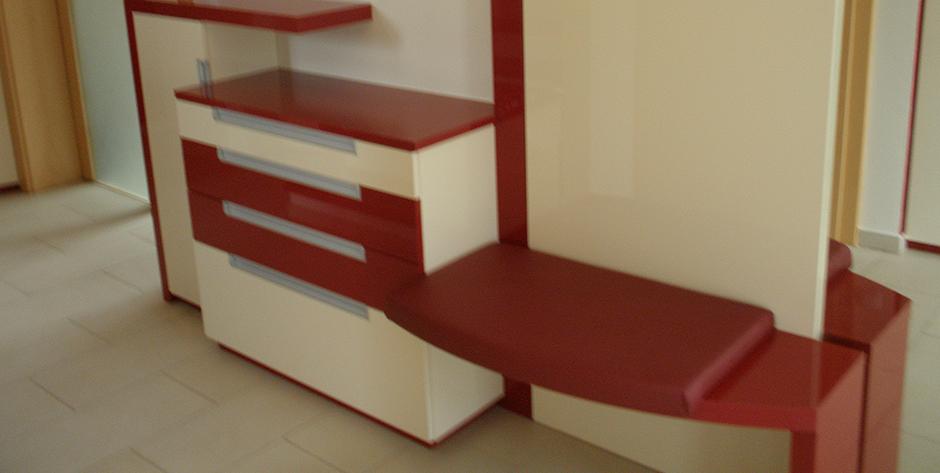 Vorzimmer - Schuhkasten und Sitzbank