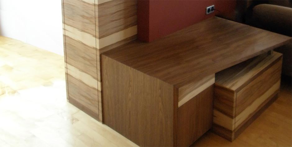Wohnzimmer - Sitzecke-Beistelltisch