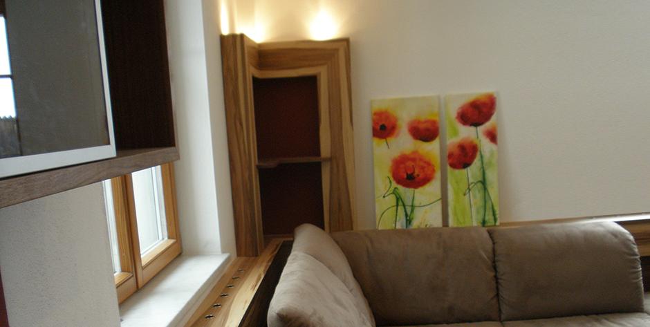 Wohnzimmer - Sitzecke - Wandregal